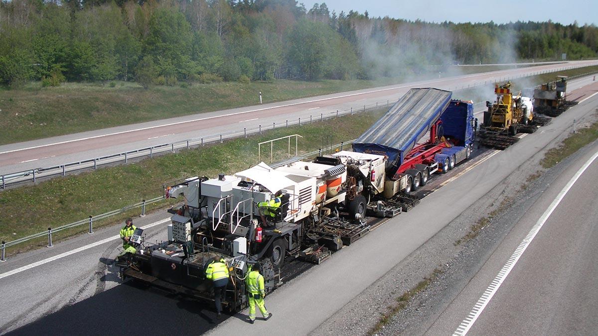 Ny sorts asfalt provas